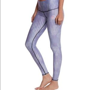 Teeki Starbird blue stripe yoga leggings pants M